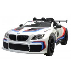 Véhicule électrique blanc BMW M6 GT3