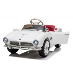 Véhicule électrique blanc BMW 507