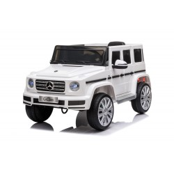 Véhicule électrique blanc MERCEDES BENZ G500